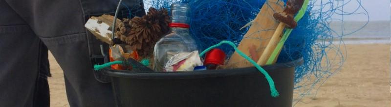 Help mee de duinen schoon te houden. Afval = grondstof!